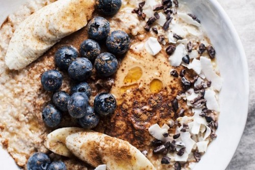 Healthy Peanut Butter Oatmeal Bowl Banner 2